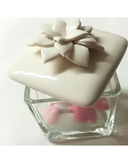 Contenitore in vetro con tappo in porcellana